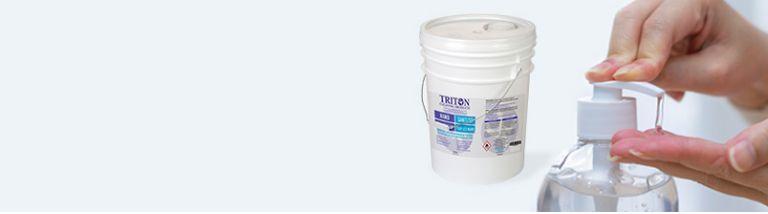 Nouveau bas prix (prix cour. 49,99 $)  Désinfectant pour les mains Triton, 20 L Tue efficacement les bactéries et microbes sur les mains.  MAGASINEZ