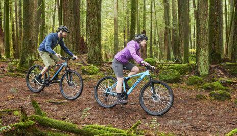 Vélos  Promenez-vous dans la ville ou hors des sentiers battus grâce à notre gamme de vélos pour adultes et enfants.  MAGASINEZ