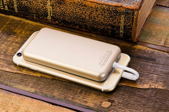 MagicMount Portable Power Bank, Gold Product image