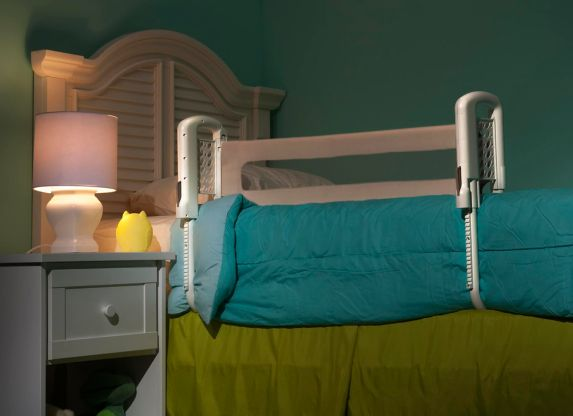 Safety 1st Top of Mattress Bedrail, Twin/Full/Queen Product image