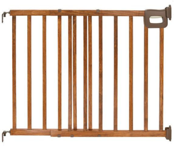 Summer Infant Deluxe Wood Stairway Baby Gate Product image