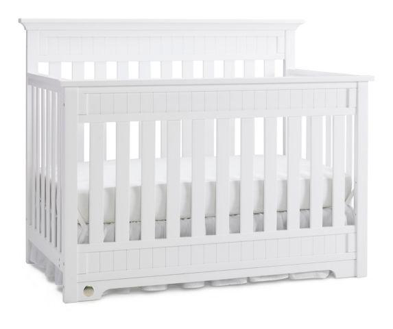 Fisher-Price Lakeland Convertible Crib Product image