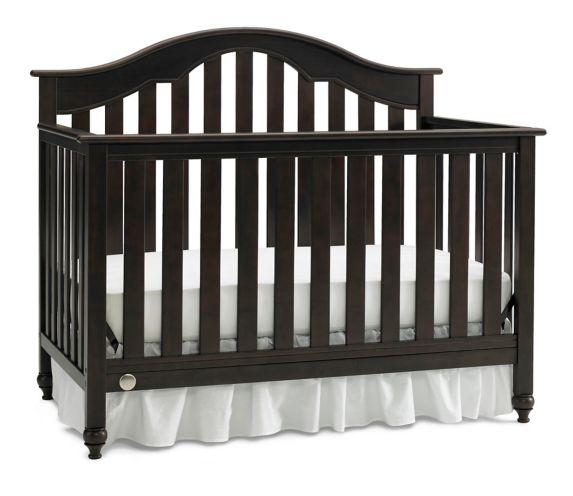 Fisher-Price Kingsport Adjustable Convertible Crib Product image