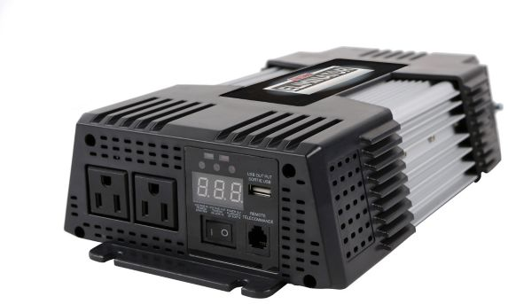 MotoMaster Eliminator Power Inverter with Bonus Cables, 1500W