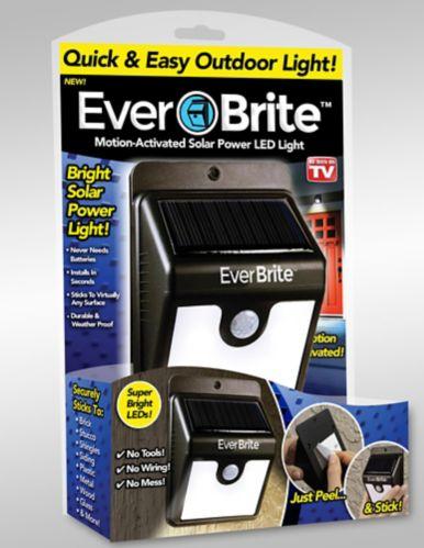 Lampe solaire à DEL Ever Brite, comme à la télé Image de l'article