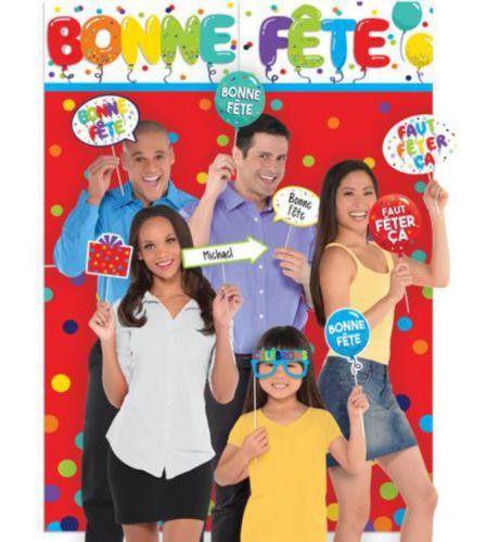 Décor de scène Bonne Fête avec accessoires Image de l'article