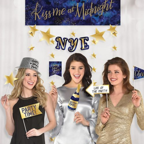 New Year's Eve Photo Booth Backdrop with Props, 14-pc