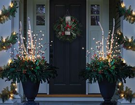 christmas porch dcor - Where To Find Outdoor Christmas Decorations
