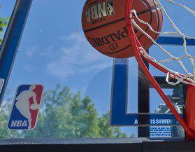 Magasinez toutes ballons et panneaux de basketball You can add text here