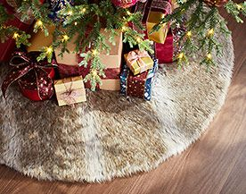 Christmas Tree Skirts, Stands & Accessories