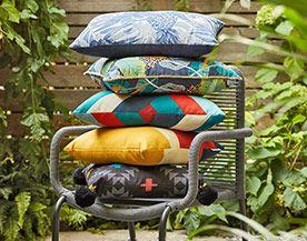 Patio Cushions, Outdoor Lighting & Décor