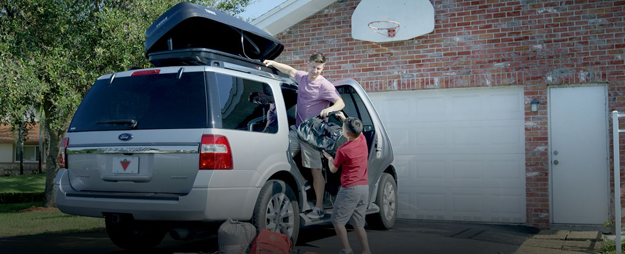 How to choose a rooftop cargo carrier | Canadian Tire. Play video