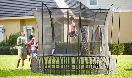 Discover our springfree trampolines