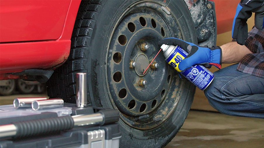 How to remove tricky nuts and bolts | Canadian Tire