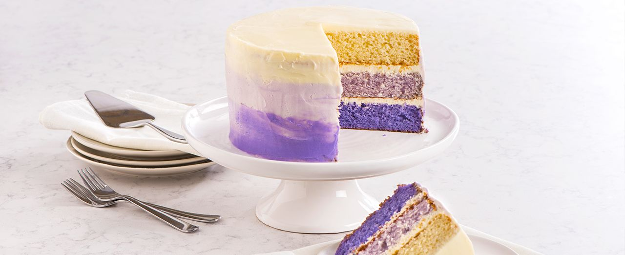 How to decorate an ombré cake. Play video